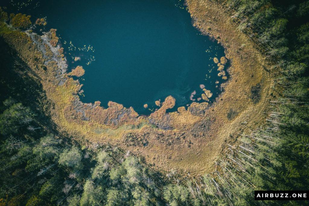 Cool looking lake.